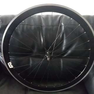 Giant SCR 42mm aero wheel ( front only)