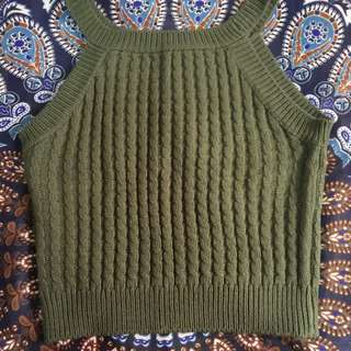 Crop top sleeveless(preowned/preloved)