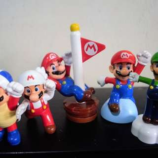 Vintage Super Mario Toy Figures ( FREE Shipping )