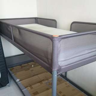 Double deck bed in mint condition