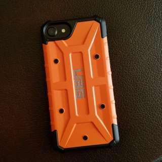 Case iPhone 7 merk UAG (Urban Armor Gear) tahan banting