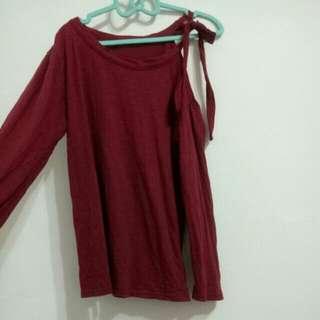 酒紅色露肩綁帶上衣S. M🉑衣長:68cm