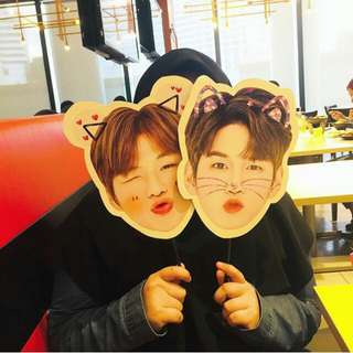 Wanna one handfan