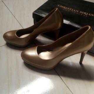 Sepatu heels christian