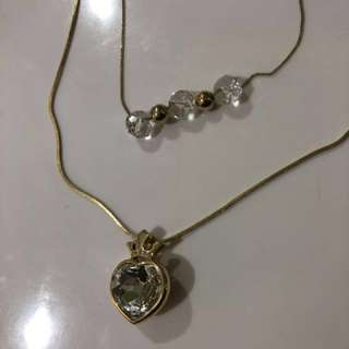 Accesorize heart gold necklace
