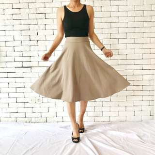 Skirt by delika