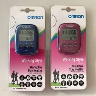 BNIB Omron walking style HJ-325 step counter