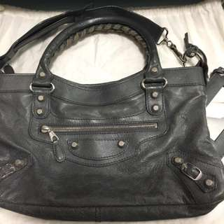 Balenciaga classic city shoulder/ handbag