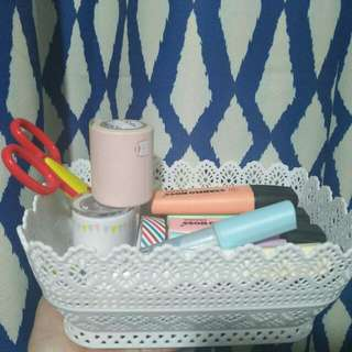 Organizer for Make up , highlighters and many more.     Available color Pink , Lavender and White