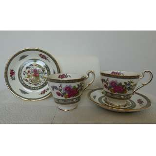 Paragon - Tree of Kashmir - 2 Demitasse Cups & 5 Saucers