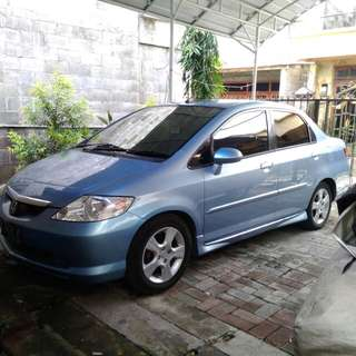 Honda City 2004 warna biru metalik, matic
