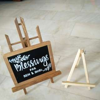 Easel art stand