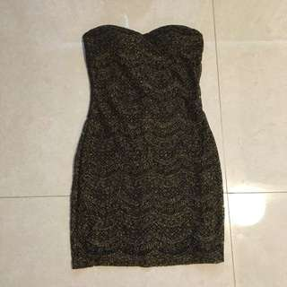 FORA gold and black dress w/ bra pads included size M (bought from America) 100% original