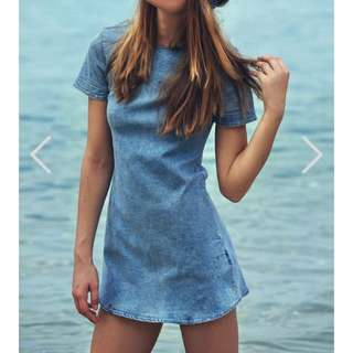 TCL SUNKISS DENIM DRESS IN LIGHT DENIM