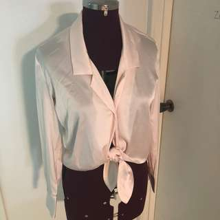Lulu and Rose Pink tie up shirt size small