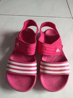 Sepatu sandal adidas original