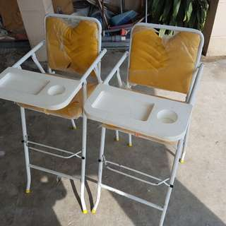 [USED] 3V BABY CHAIR