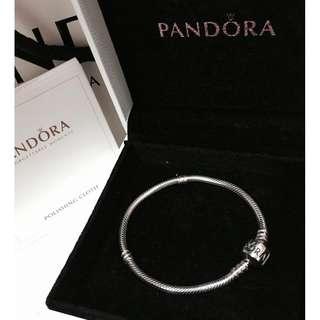 原價$699 PANDORA Silver Bracelet 18cm