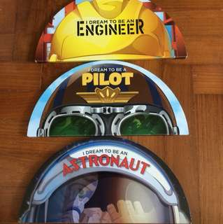 I dream to be an engineer a pilot an astronaut hard cover books