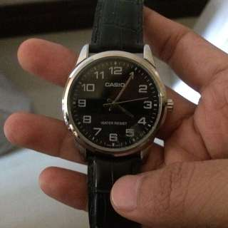 Casio (black strap)