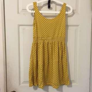 芥黃色點點背心洋裝
