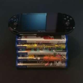 Ps Vita slim with 5 games ( persona 4 )