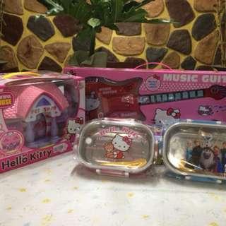 Hello Kitty & Frozen Toys Set
