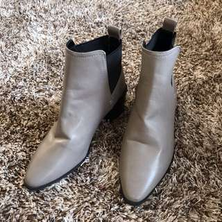 Chelsea Taupe Boots