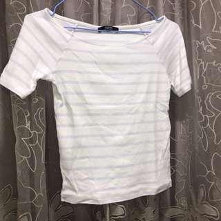 🚚 藍白條紋上衣