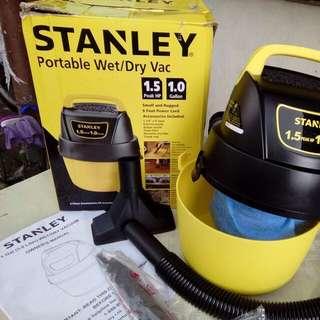 Stanley/Russel Vacuum