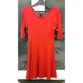 Girl 's Dress