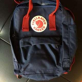 正品Kanken後背包 Mini款