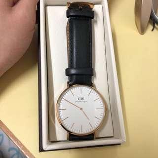 DW 男裝黑皮錶