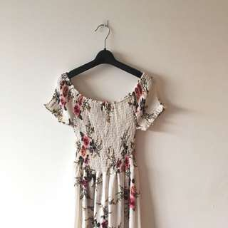 FREE SHIPPING: Floral Flowy Dress