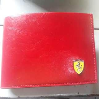 Dompet pria branded merk international Ferrari