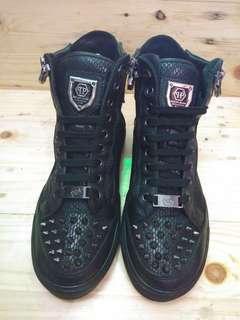 Sepatu converse philipp pleinn authwnthic