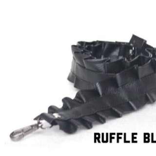 Ruffle bag strap