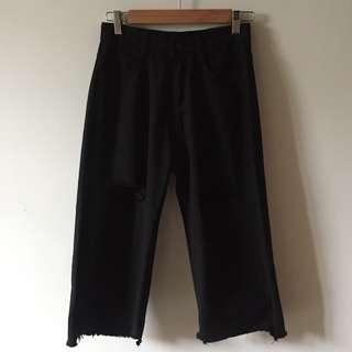 🚚 個性黑色破洞寬褲