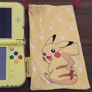 Nintendo Pikachu 3DS XL (yellow edition)
