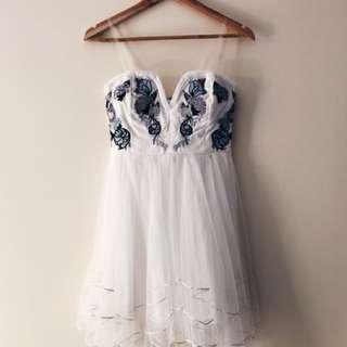 White mesh elegant prom formal dress