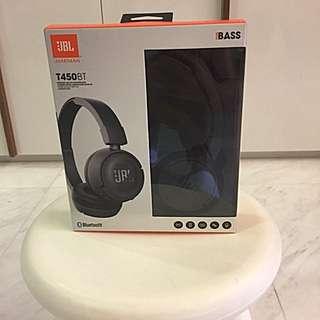Wireless on ear Headphoens