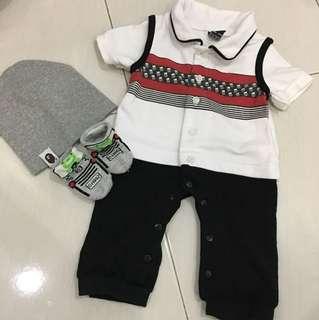 Romper set with hat n socks