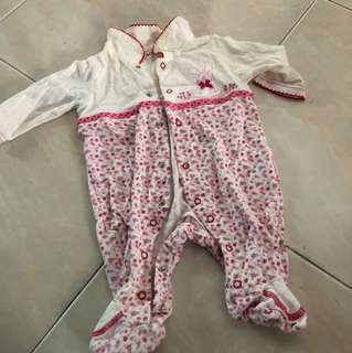 Baby girl Romper - 6 to 9 months
