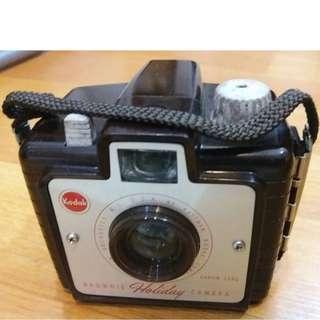 Vintage Kodak HOLIDAY Brownie Camera with Box & Manual