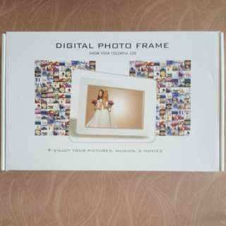 Brand New White Digital Photo Frame