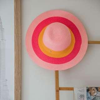Hat #3 ✧ Tara Milk Tea