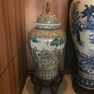 Pair of Chinese Vase