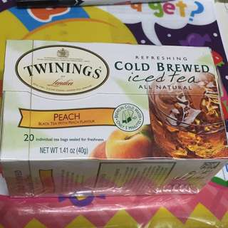 Black tea with peach flavour