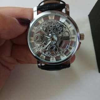 齒輪黑色皮錶