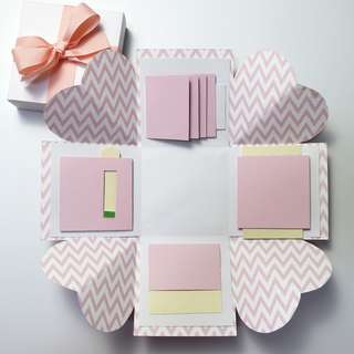 Pink and Red Prints Explosion Gift Box
